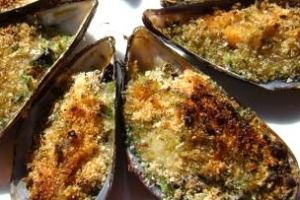 Moules farcies au beurre d'escargot