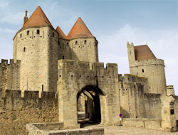 Cit m di vale de carcassonne tourisme carcassonne aude for Porte narbonnaise
